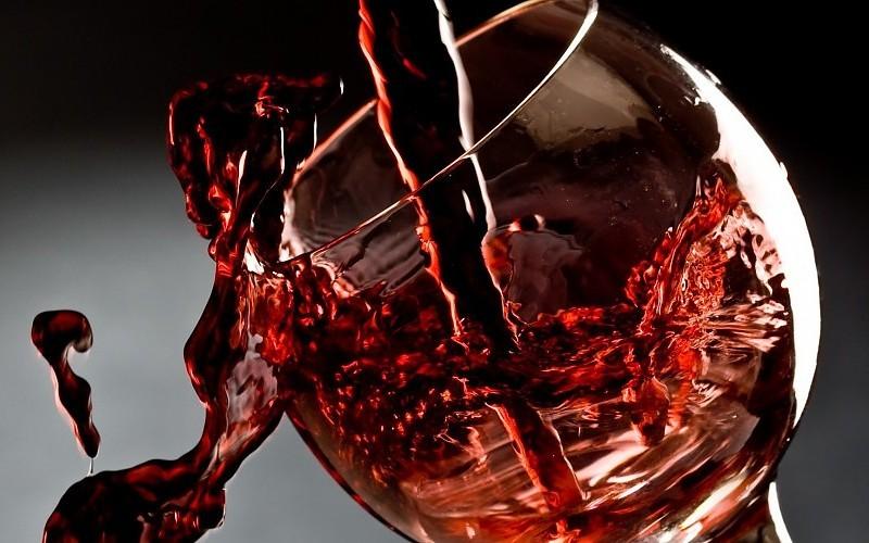 copa-vino-vidrio-rosado-wallpaper-393768